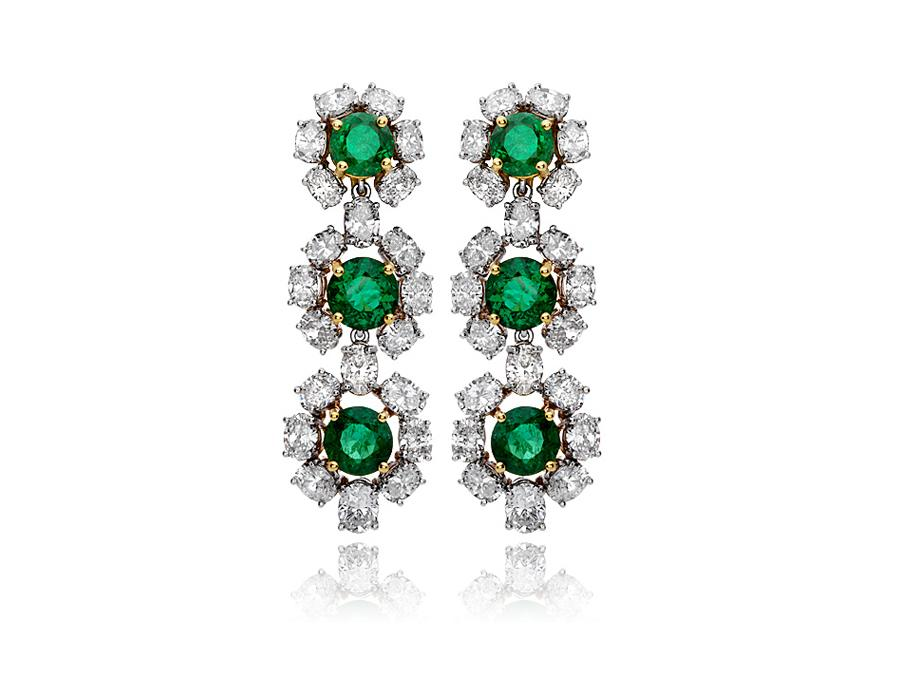 emerald-diamond-chandelier-earrings-high-end-jewelry-luxury-jewelry-hammerman-jewels