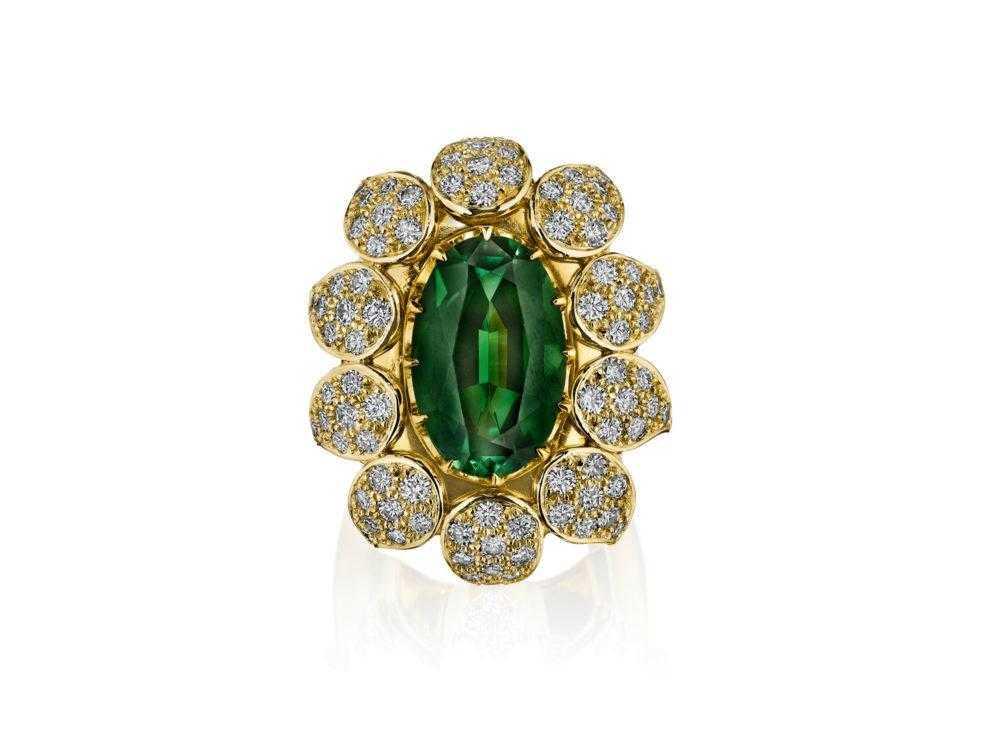 green-tourmaline-ring-high-end-jewelry-luxury-jewelry-hammerman-jewels
